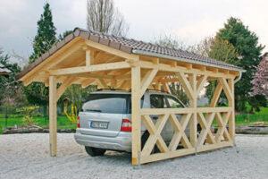 Fertiges Spitzdach-Carport entstanden aus einem Carport-Bausatz