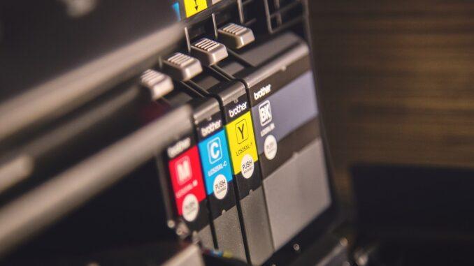Druckertinte aus Originalpatronen oder Fremdpatronen