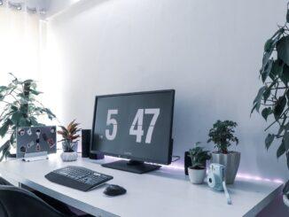 Welche Vorteile haben elektrisch höhenverstellbare Schreibtische